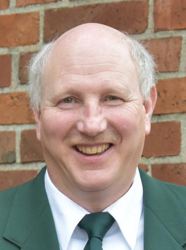 Jörg Kommendera